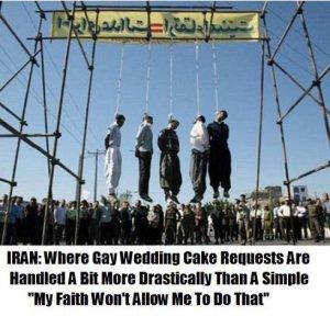 bloody-iran-gays-hanging