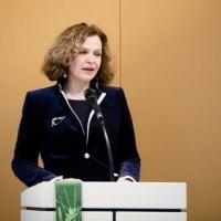 Edith Schippers: De preek die nergens op leek - 'keiharde Tweet is Steniging'