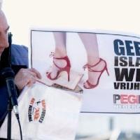 Gemeente Enschede zet nazi-knokploeg in om islamcritici te weren- Antifa roept op tot moord