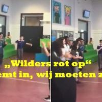 """'Leerlingen Gregorius College Utrecht zingen, na ontvangen subsidie, in koor 'Wilders rot op!"""", 'Interdisciplinaire podiumkunst'"""