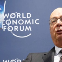 De grote fascistische reset; U wordt een transhuman cyborg! (World Economic Forum's Klaus Schwab)